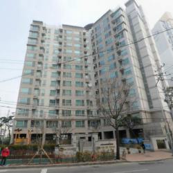 二村Doosan Wavaアパート