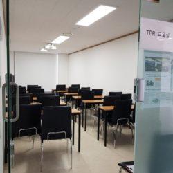 【市庁駅直結 多目的ビル①】四角い10坪便利なオフィス